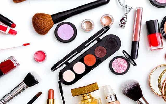 Kozmetik Ürünleri Satarak Para Kazanmak
